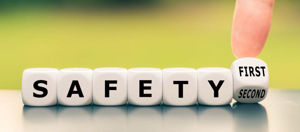 Safety First, kuvituskuva